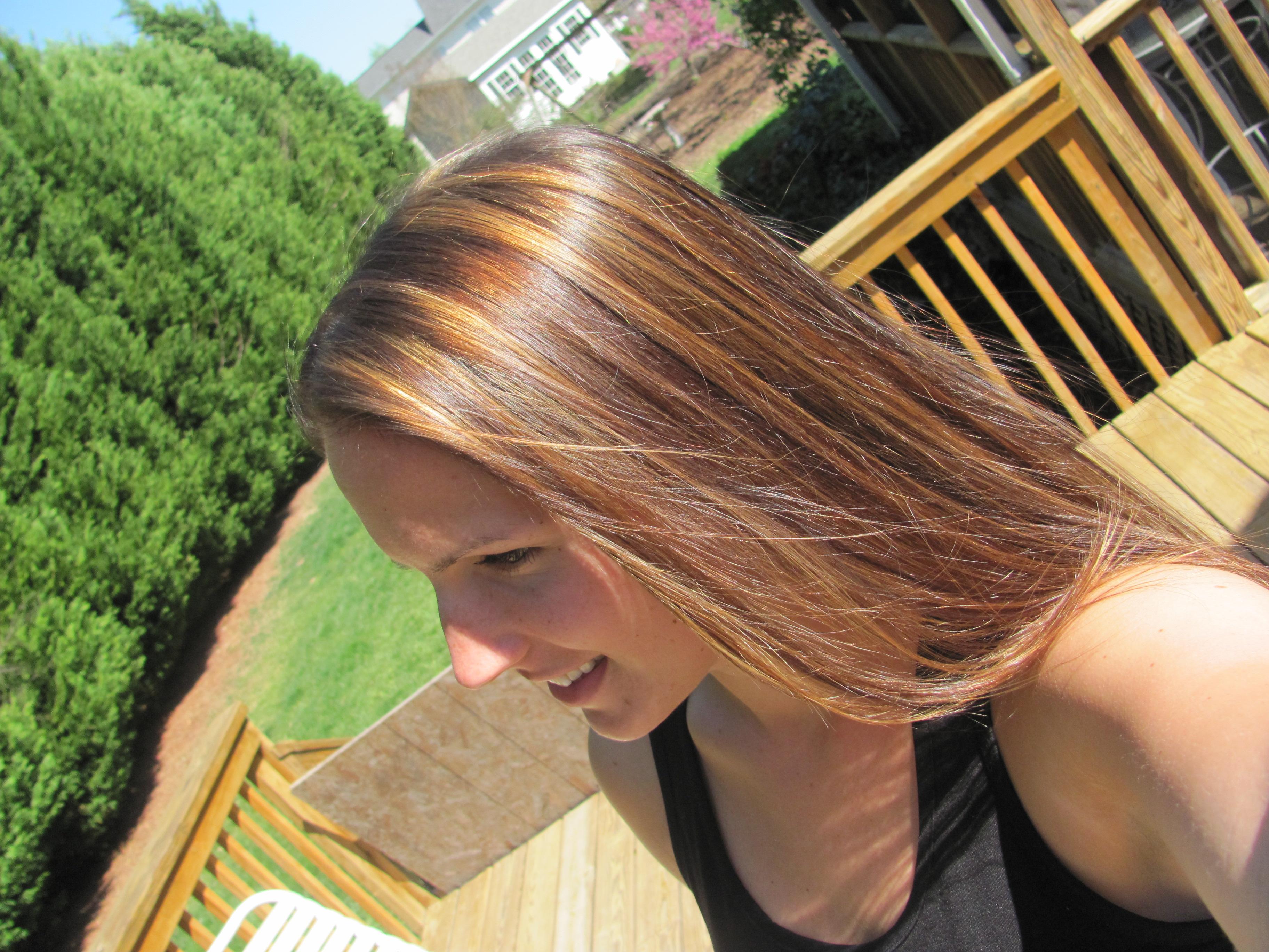 Dark Brown Hair with Blonde Lowlights