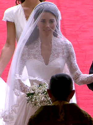 the royal wedding dress 2011. the royal wedding dress 2011